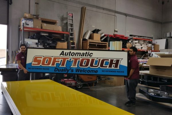 soft-touch-car-wash-cabinet_2-1024x576